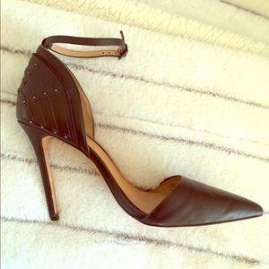 L.A.M.B pointy toe heels by Gwen Stefani
